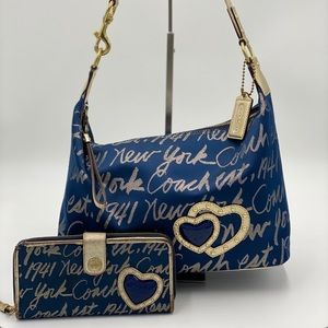 🐎Coach Signature Script Hobo Bag & Wallet